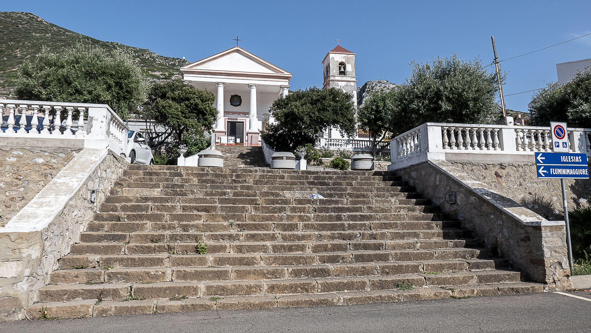 chiesa di Buggerru costruita dalla societ minerariaJPG