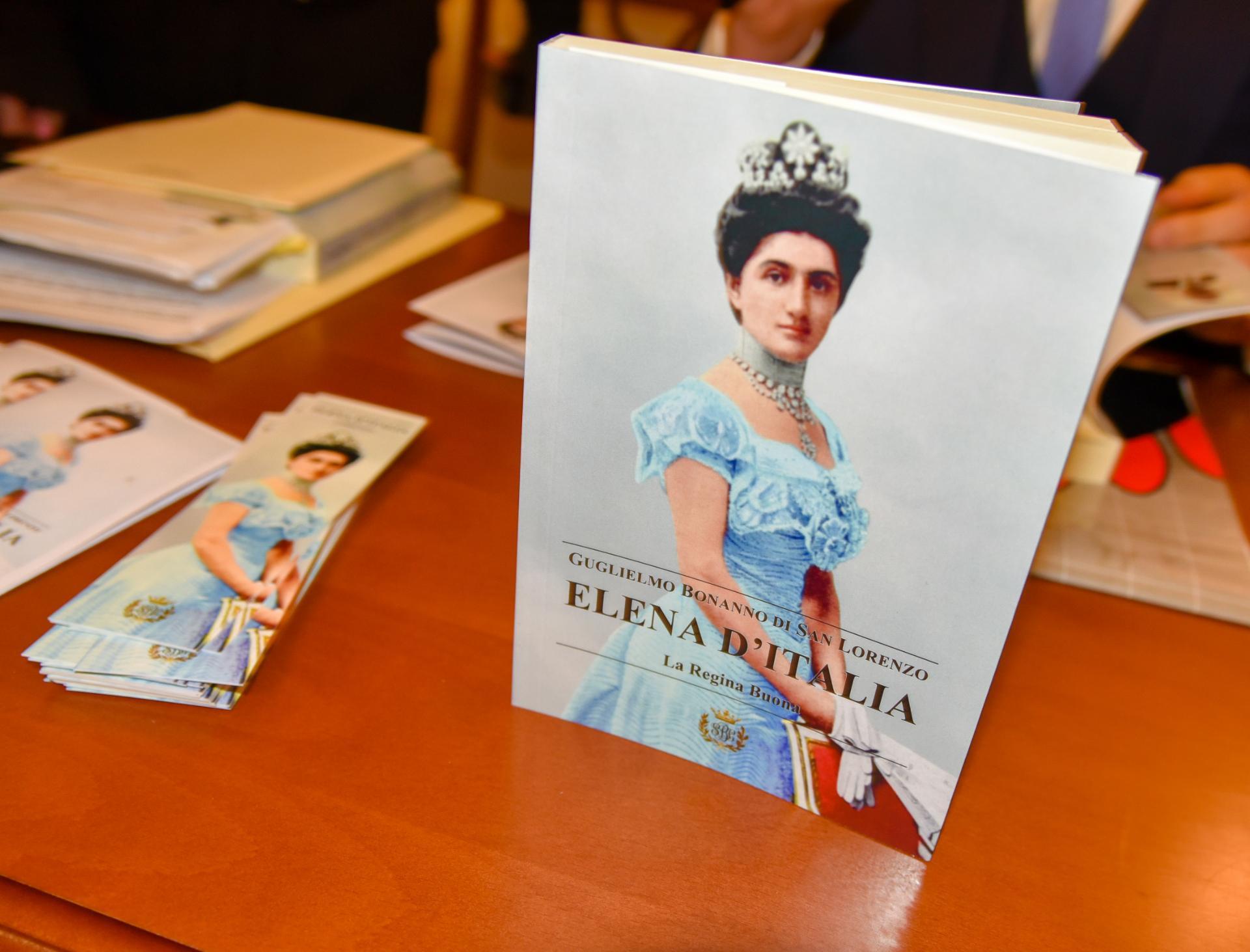 Presentazione del libro sulla Regina Elena di Savoia  Nacionalna Biblioteka Crne Gore ure Crnojevi 4jpg