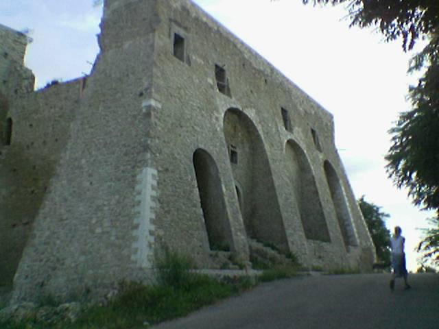 castello-ducale-pignatellijpg