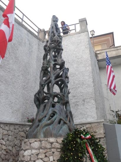 monumento -3jpg