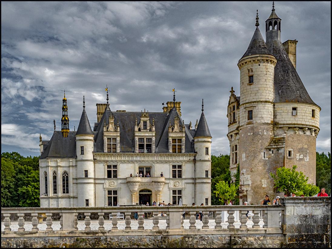 Le Chateau una  parte GVjpgjpg