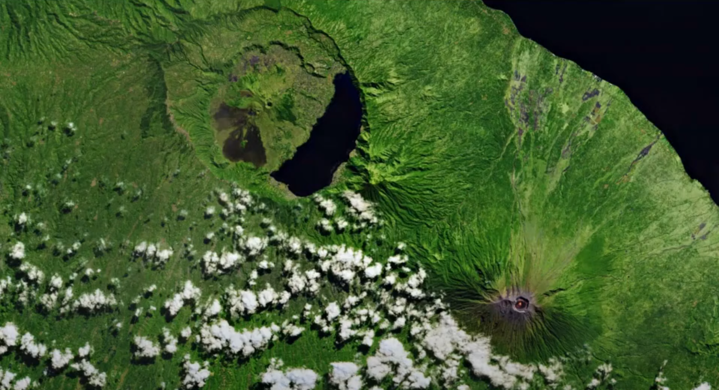 Augmented Reality My Way - Sat Images Scanning - Volcano