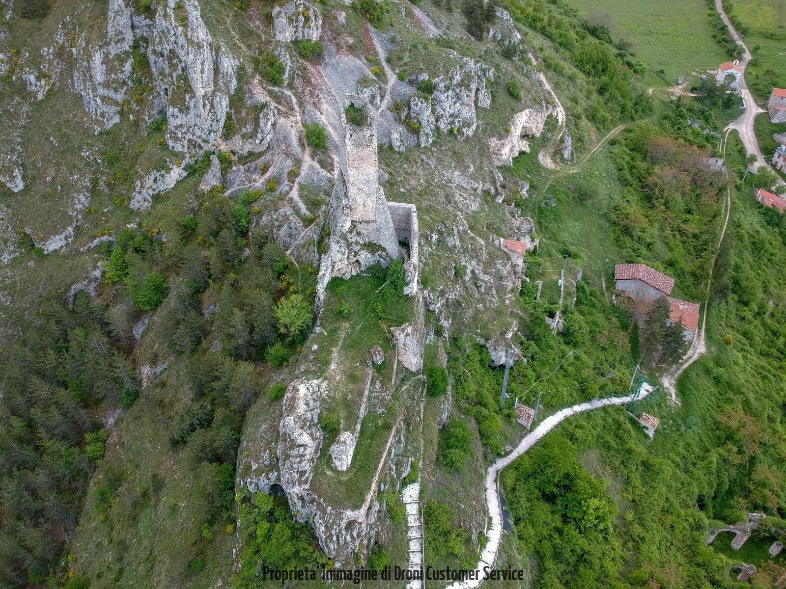 foto drone Castello Bariscianojpg