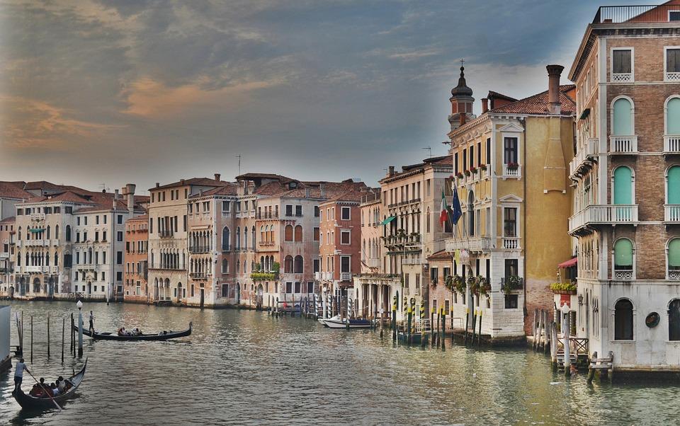 grand-canal-1246629_960_720jpg