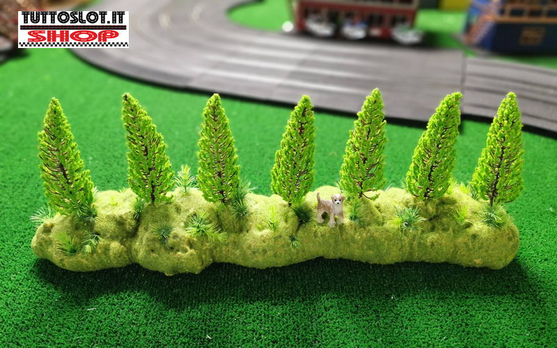 Diorama spartitraffico con alberi - Diorama traffic divider with trees