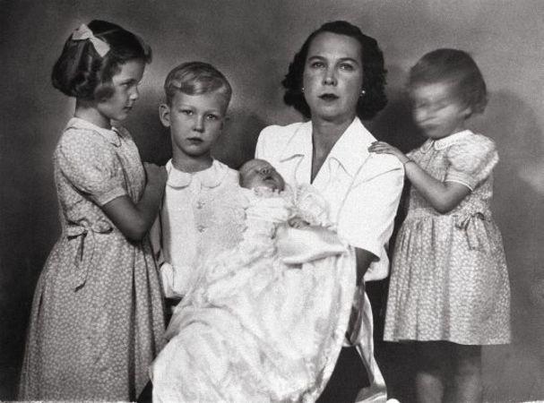 Maria Jos con i suoi quattro figlijpg