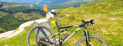 mountain bike routes lake como