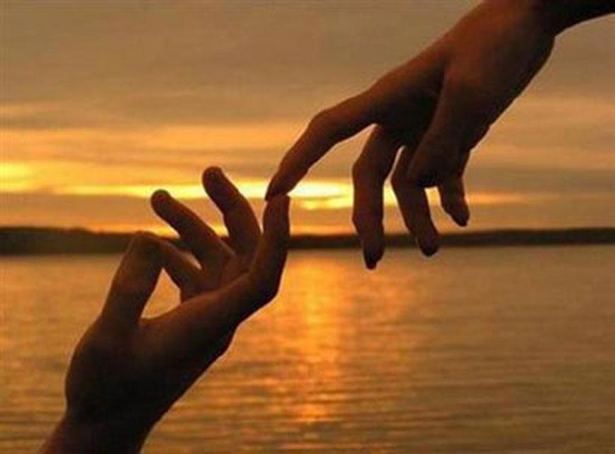 mani_al_tramontojpg
