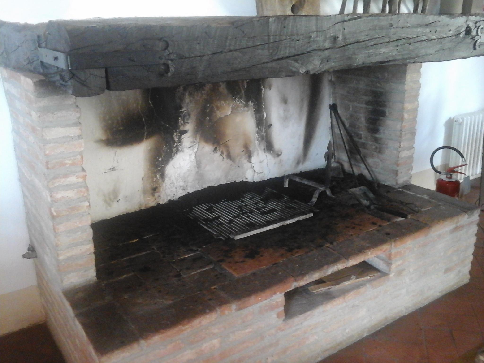 spazzacamino siena | pulizia canna fumaria