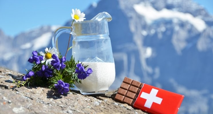 SWISS CHOCOLATE: A WORLD EXCELLENCE, SO GOOD, SO...FAIR