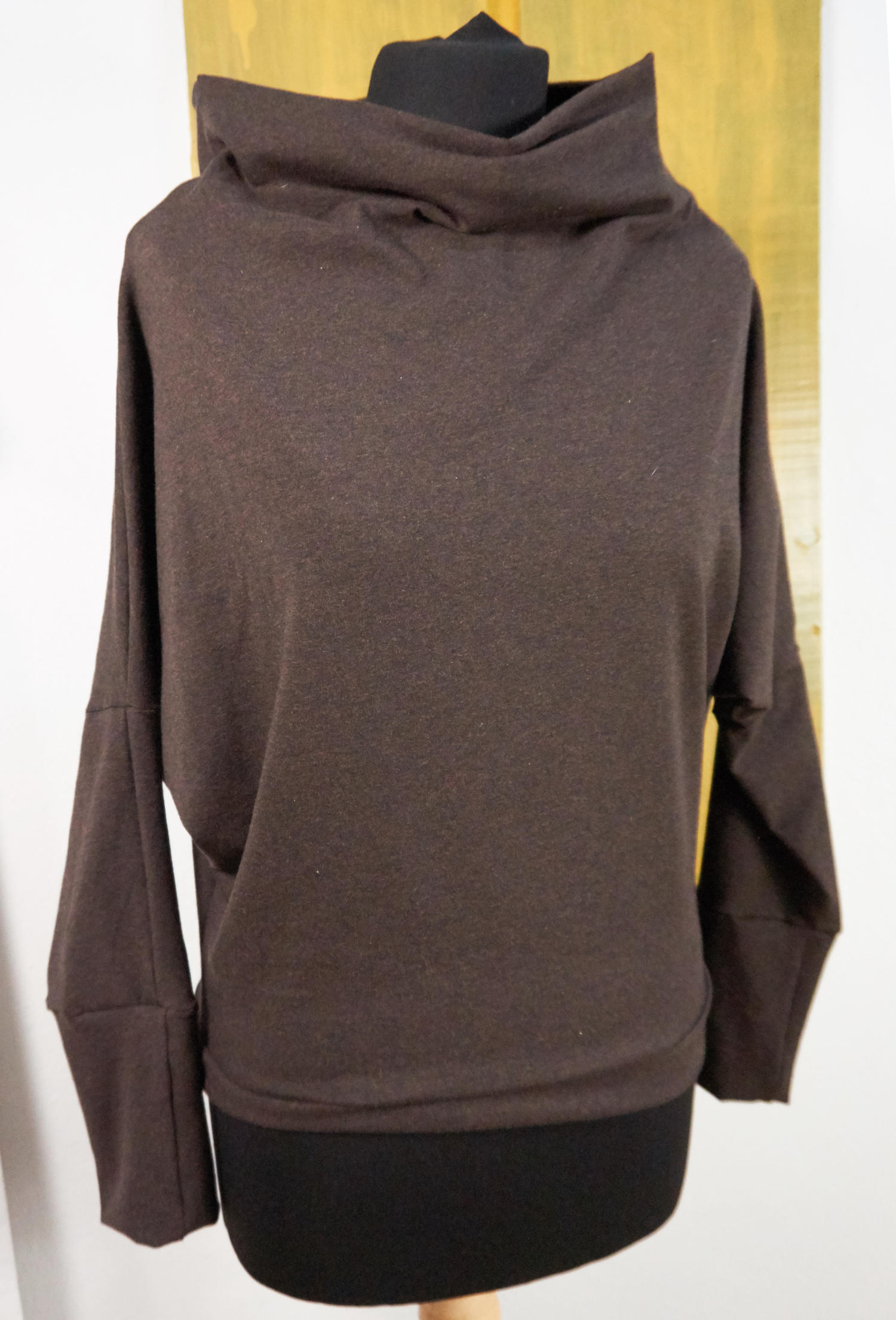 shirt with batwing long sleeves