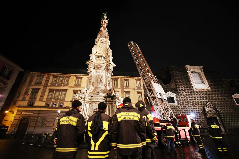 19 omaggio dei pompieri allimmacolata - foto di Sergio Sianojpg
