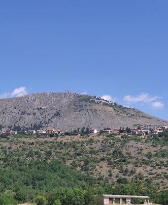 La Rocca vista da Carapellejpg