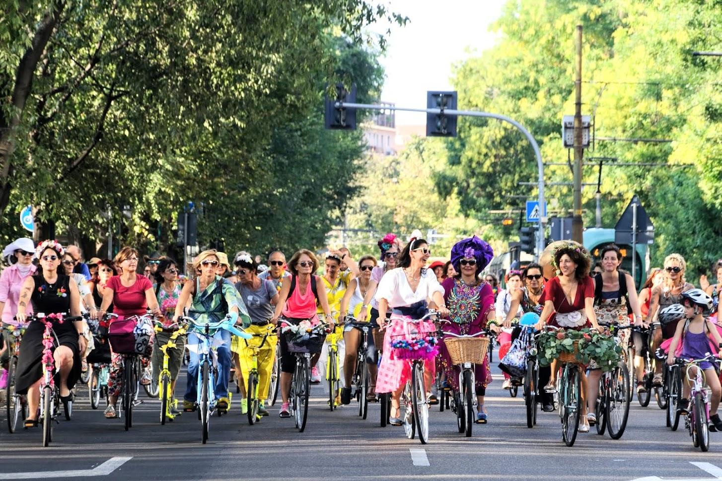 Milano Fancy Women Bike Ride_ photocredit Gegijpg