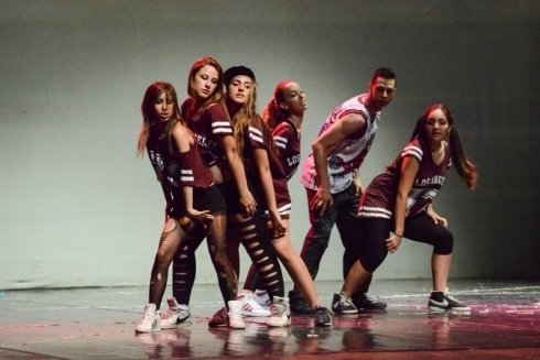 HIP HOP /JAZZ DANCE