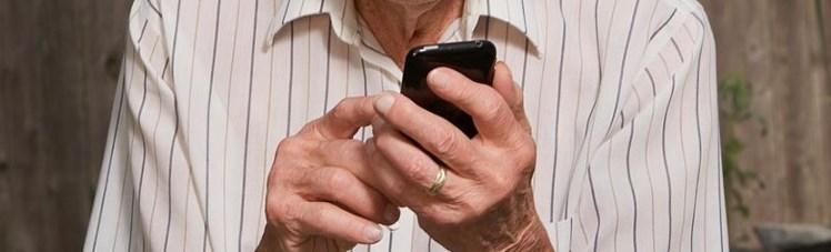 smartphone-anzianojpg
