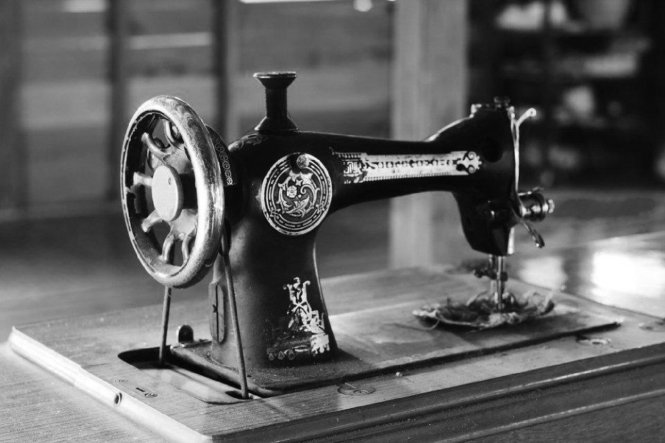 macchine-per-cucire-venezia-006jpg