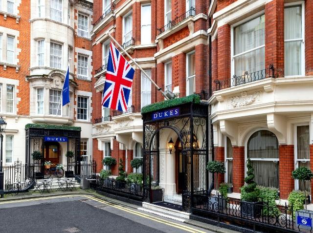 DUKES LONDON Facade 640x477jpg