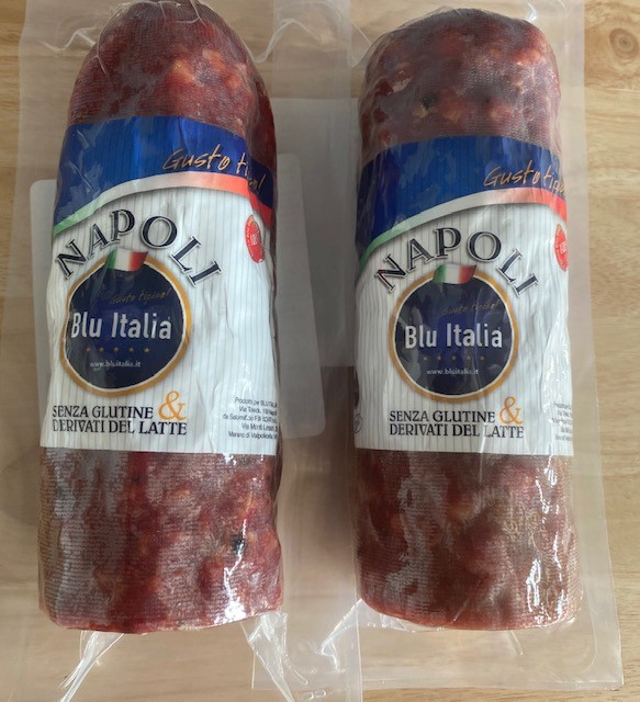 Salame Napoli 600gr  (21.16 oz) average weight . Imported from Italy
