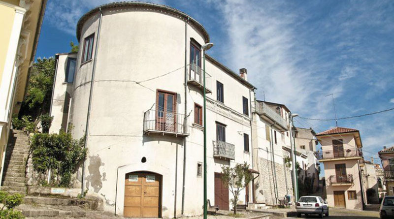 Montefalcione-Castello-800x445jpg