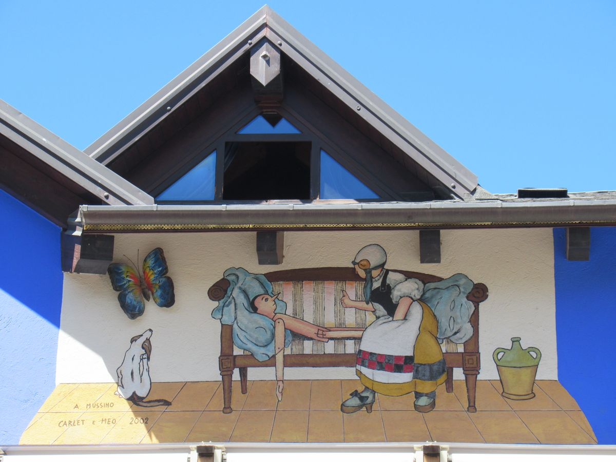 vernante-murales-pinocchio5JPG
