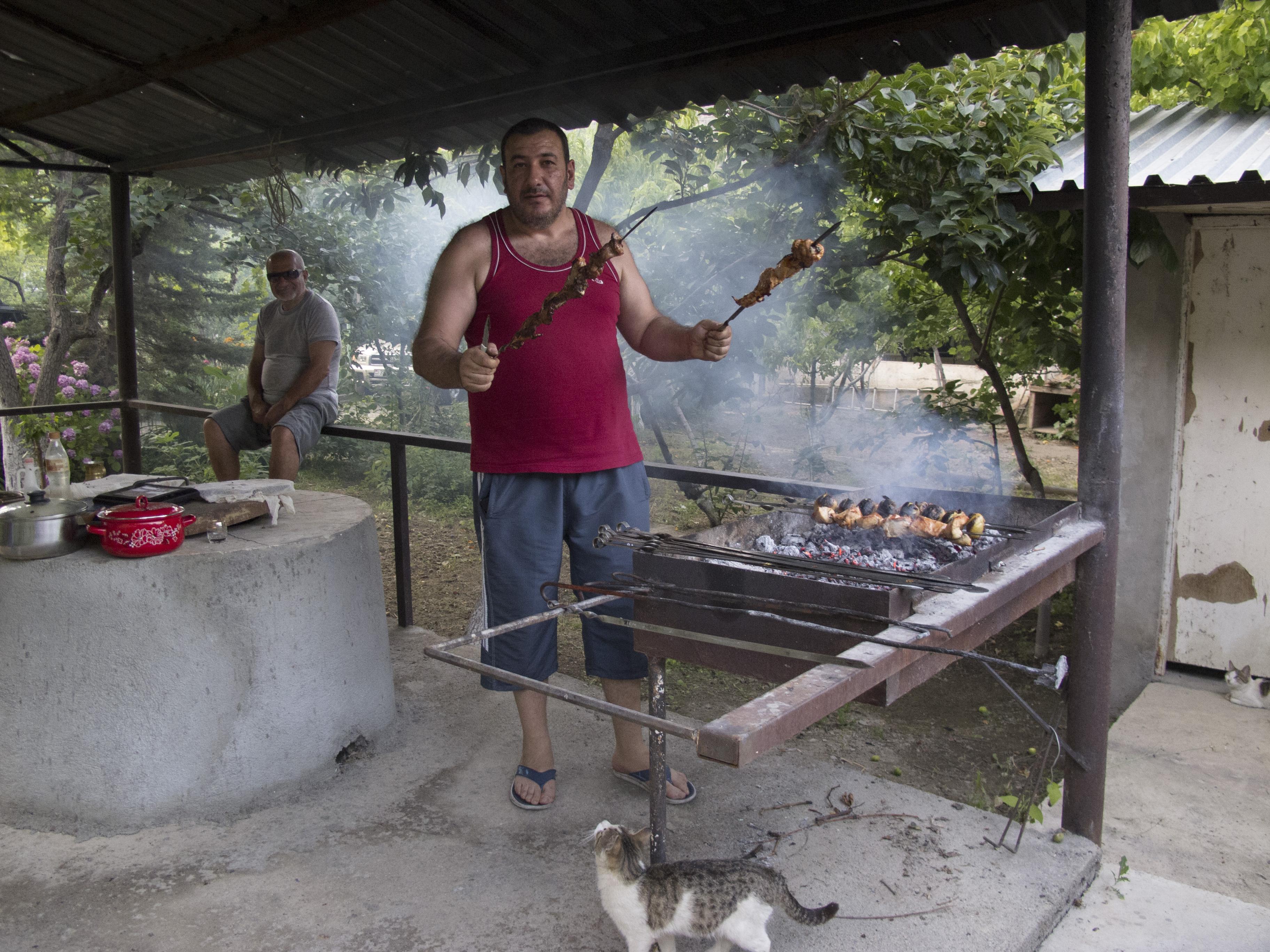 Il barbecue di salmone nei pressi di Jolfajpg