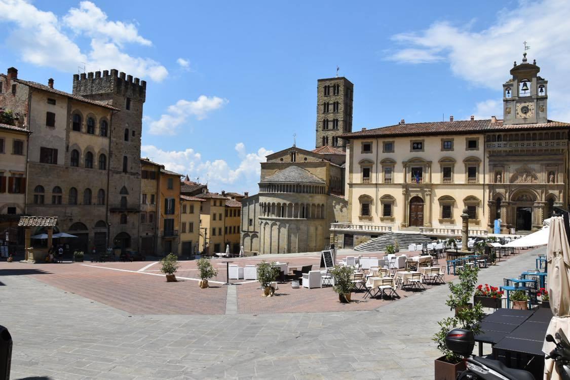 Arezzo piazza Grandejpg