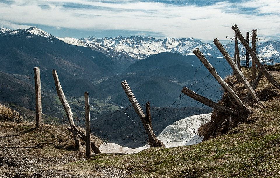 pyrenees-2142714_960_720jpg